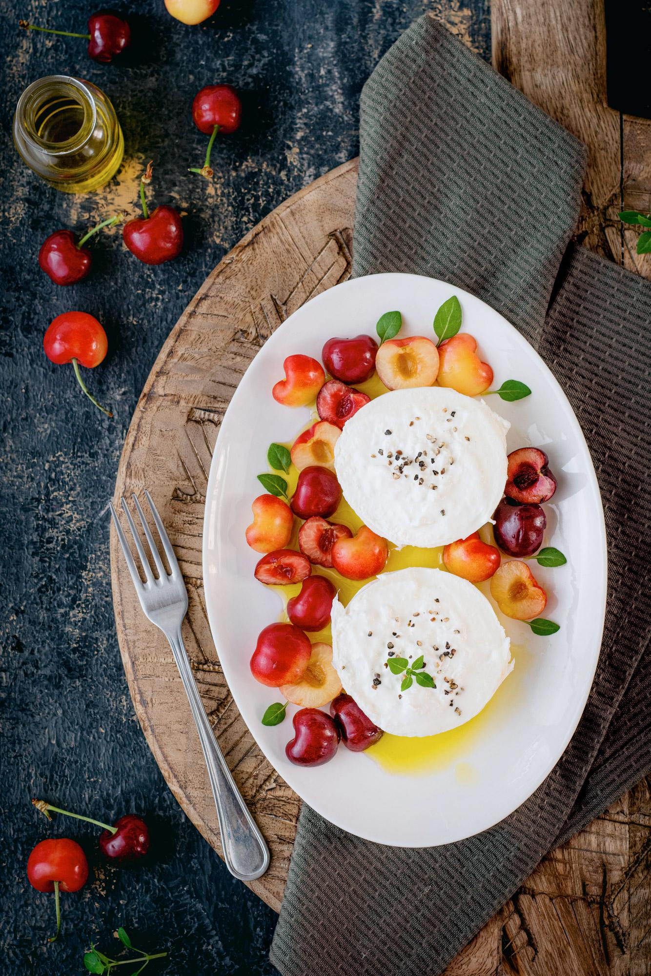 Pixellie - salde de cerises à la burrata et huile d'olive